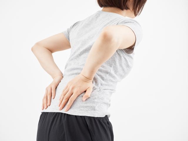 腰の痛み女性